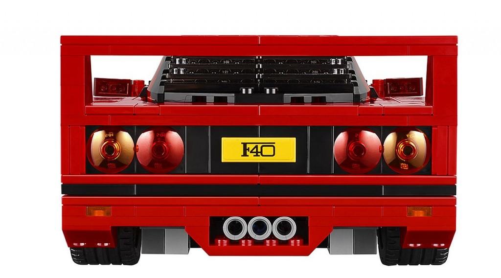 Lego-Ferrari-F40-02