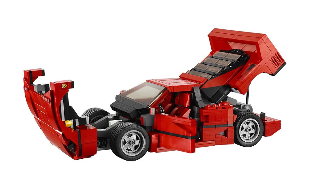 Lego-Ferrari-F40-10