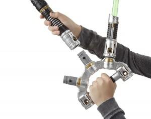 Star Wars E7 Jedi Meister Lichtschwert_PR Feature 5