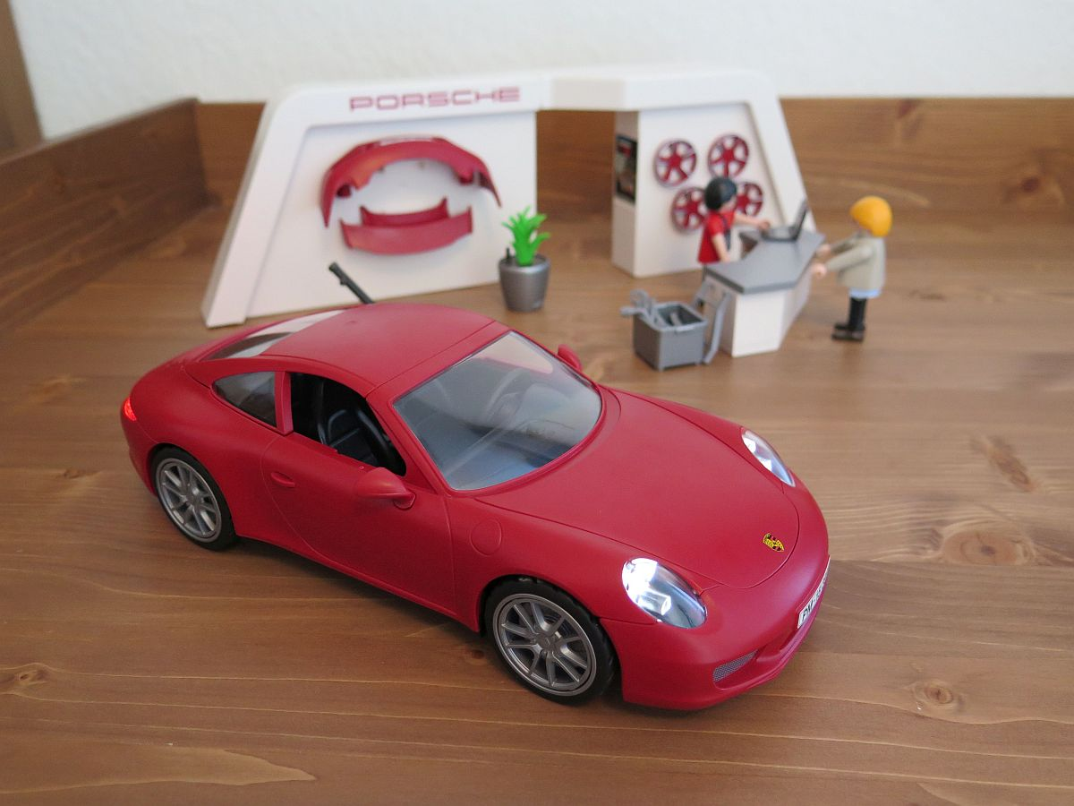 testbericht playmobil porsche 911 carrera s 3911. Black Bedroom Furniture Sets. Home Design Ideas