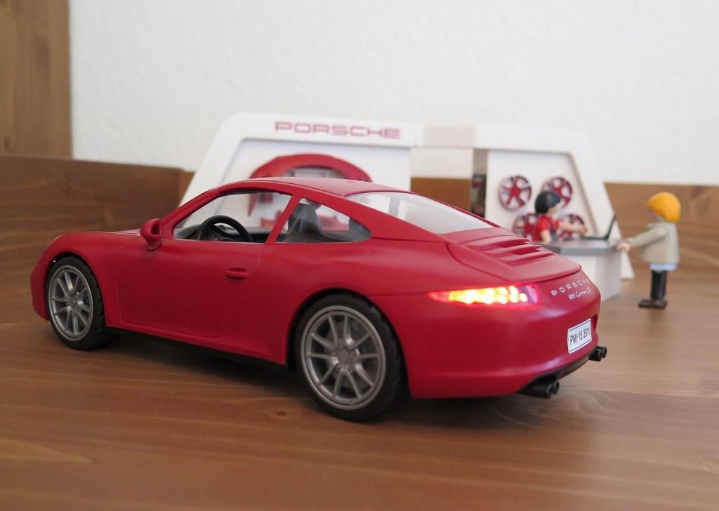 testbericht playmobil porsche 911 carrera s 3911. Black Bedroom Furniture Sets. Home Design Ideas
